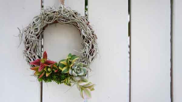 wreath042-1.jpg