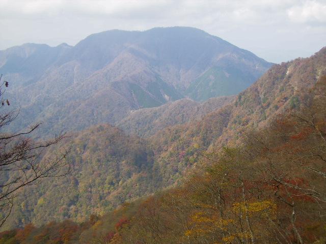大室山を望む179