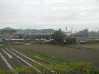 山と家と田んぼ・・・