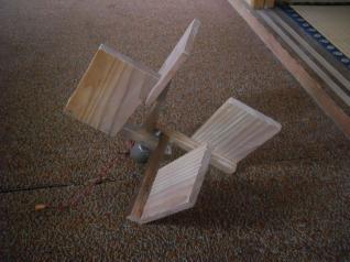 プラ太郎作ちゃっちい水車
