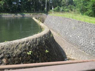 猪苗代第3発電所余水吐