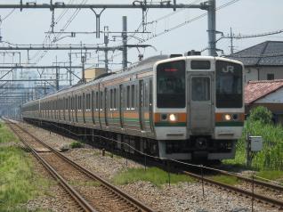 211系タカA30編成