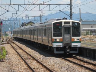 211系タカB1編成