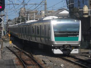 E233系ハエ108編成