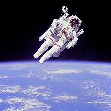 220px-Astronaut-EVA.jpg