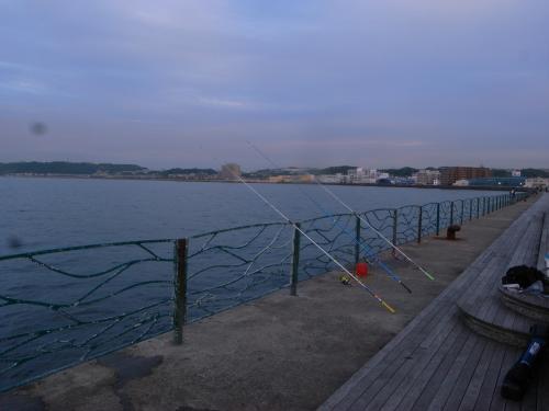 海辺つり公園2