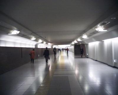 地下通路:R2