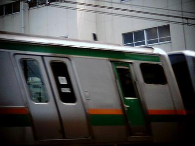 ゆがむ電車:Entry