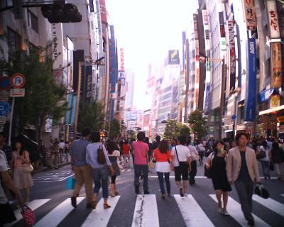 新宿ホコ天・ゆがむ町:R2