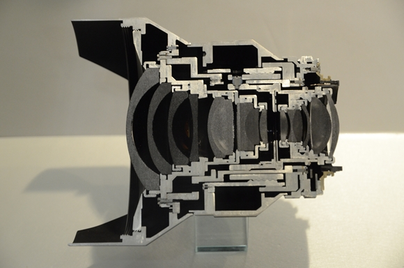 D,15mmF2,8ZF2_R