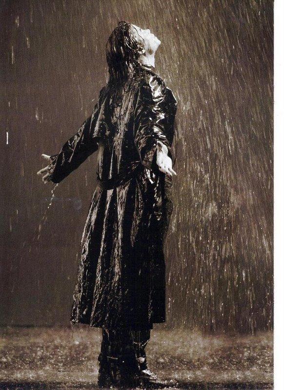 MJ-Stranger-in-Moscow-prince-michael-jackson-8366367-582-800.jpg
