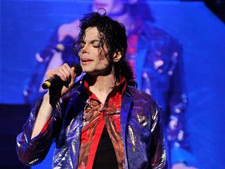 michael-jackson-singing_l.jpg