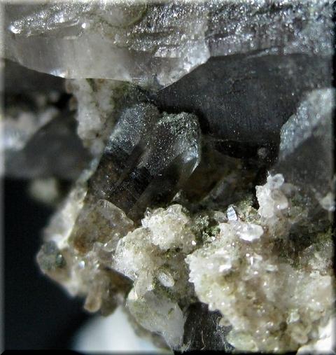 水晶_カリフォルニア1母岩