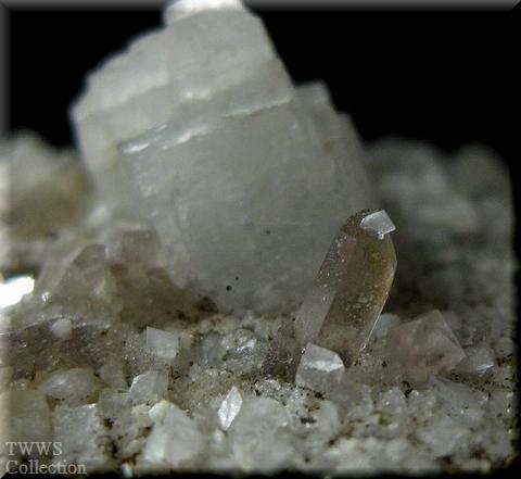 蛍石&煙水晶&氷長石_フランス1水晶