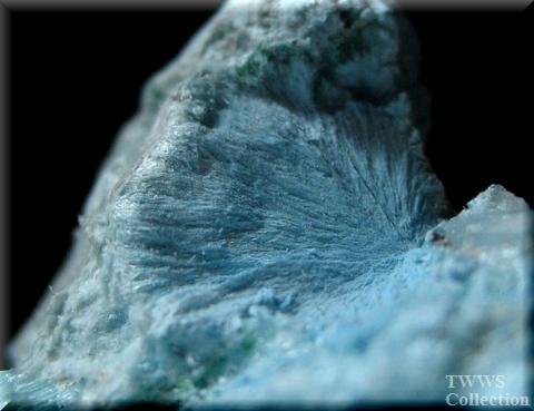 プランヘ石&翠銅鉱&方解石_コンゴ1プランヘ石1