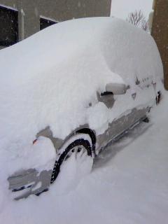 22・1・17大雪の車