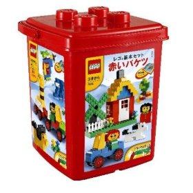 赤いレゴバケツ