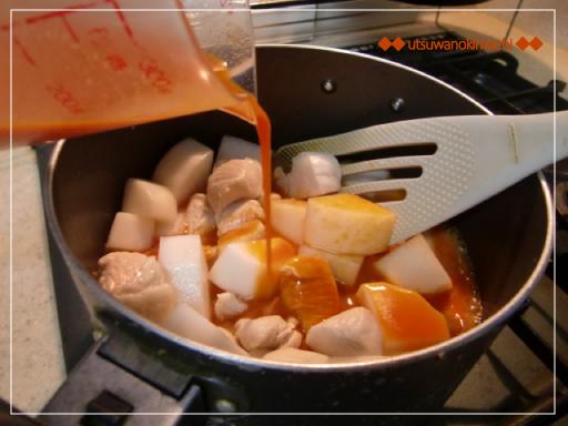 大根と鶏胸肉の野菜ジュースde炒め煮_1