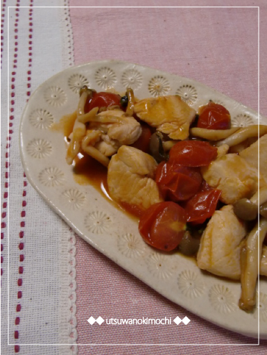 鶏むね肉とプチトマトのケチャ酢炒め