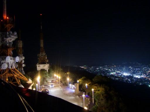 稲佐山のテレビ塔と夜景