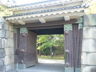 kyoto_nijo3.jpg