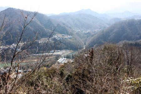 京塚山より