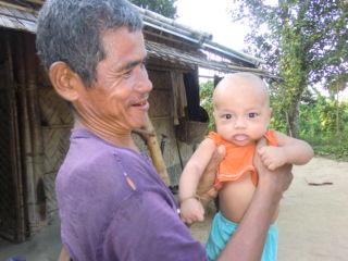 プリオ父と赤ちゃん