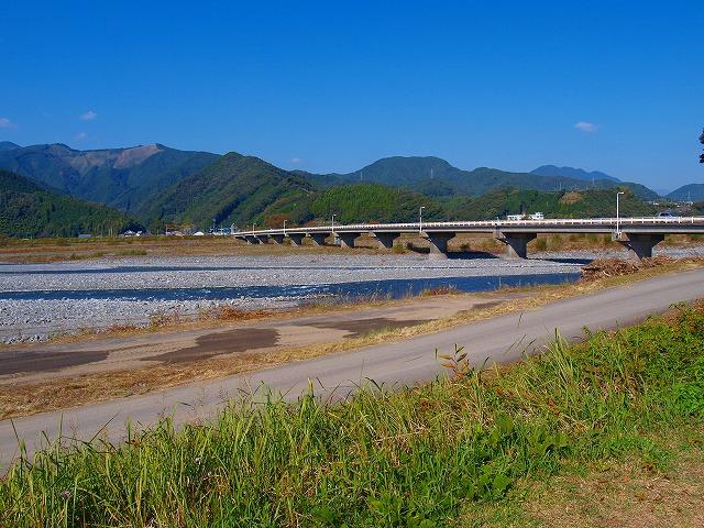 s-iyppPB076943曙橋
