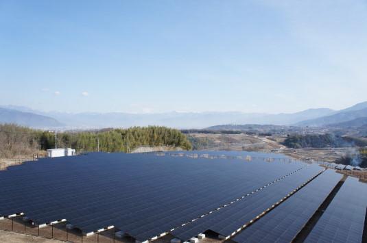 米倉山太陽光発電所 北側の眺め