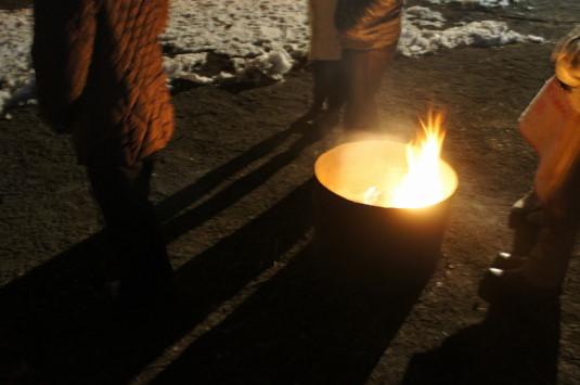 河口湖冬花火・湖上の舞 焚き火