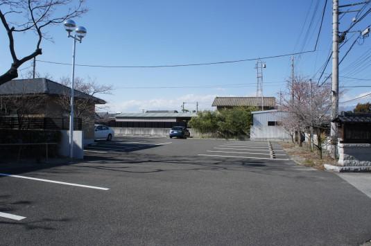 桜 妙泉寺 駐車場