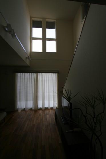 階段2階ホール002