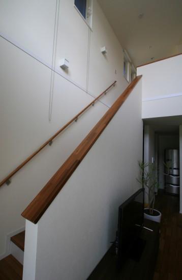 階段2階ホール001