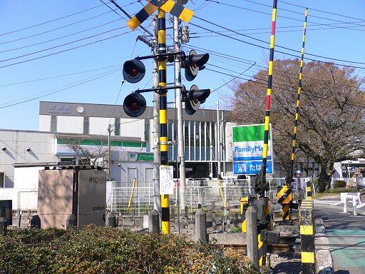駅裏P1040877