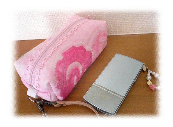 ペンケース4携帯とP1050149