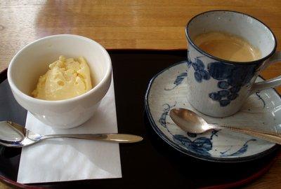 味噌味のアイスにコーヒー@料理とワインの家 ミュール