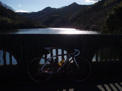 冬の間瀬湖とCento1