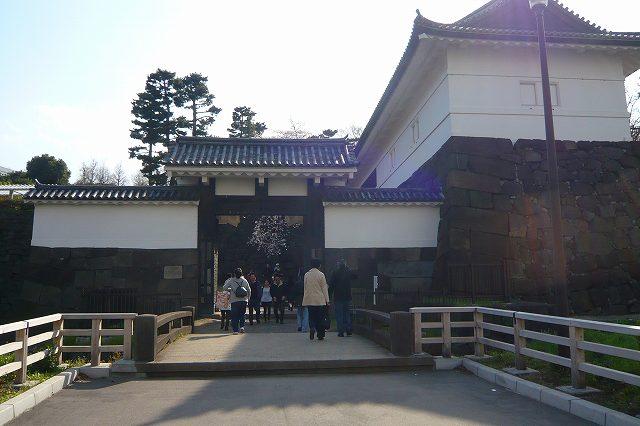 chidorigafuchi05.jpg
