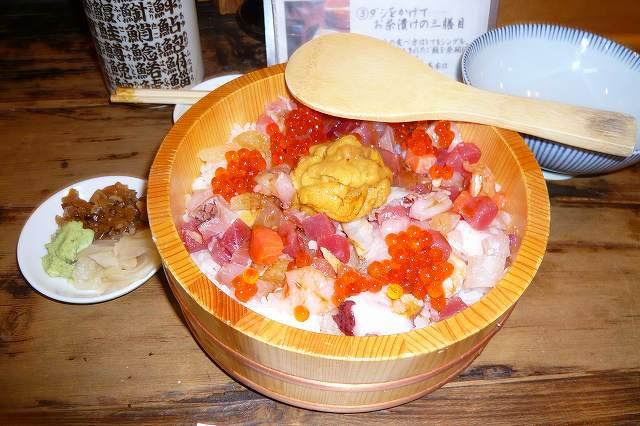 tsukiji05.jpg