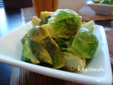 簡単芽キャベツ温サラダ