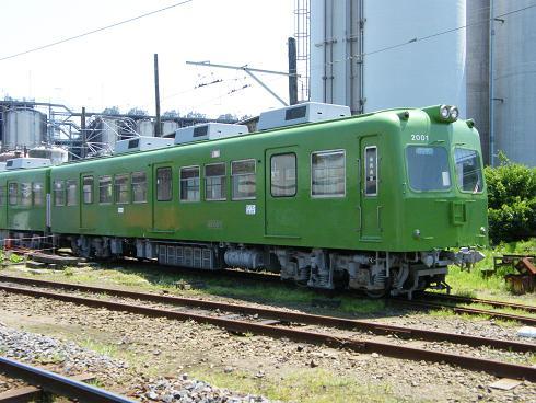 デハ2001