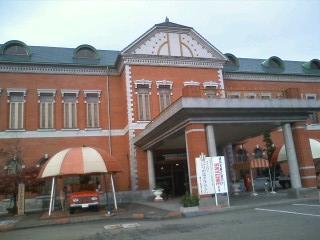 101116_自動車博物館外観