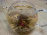 ポットの中の工芸茶