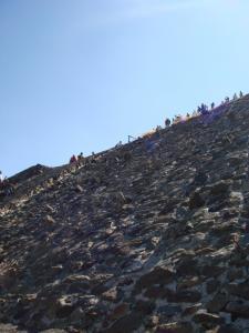 テオティワカン 太陽のピラミッド3