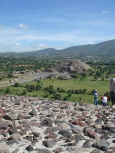 テオティワカン 太陽のピラミッド頂上3