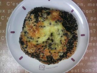 Zopf・黒ごまチーズ