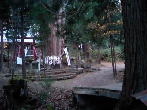 神社の小径13;磐椅神社
