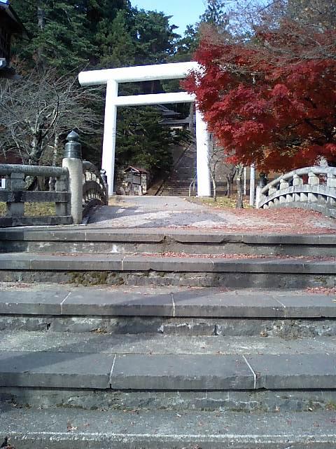 神社の小径1;土津神社