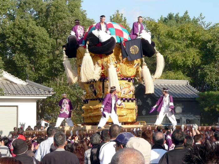 八旛神社の白浜太鼓台