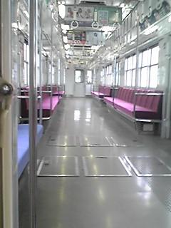 電車ガラガラ
